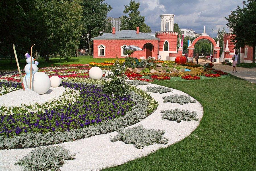 полного воронцовский парк в москве Луна: восход